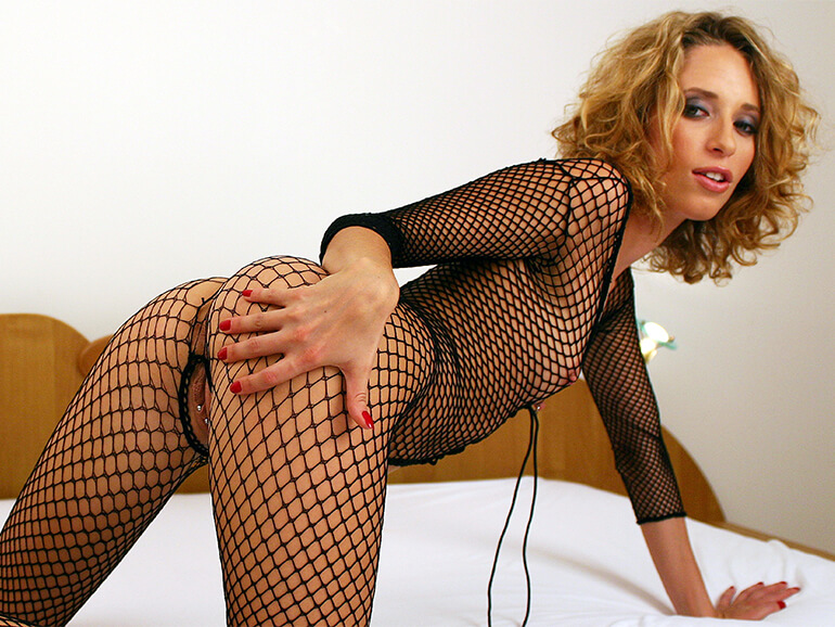 gratis sexfoto von lesbischer frau mit einem fotzen piercing